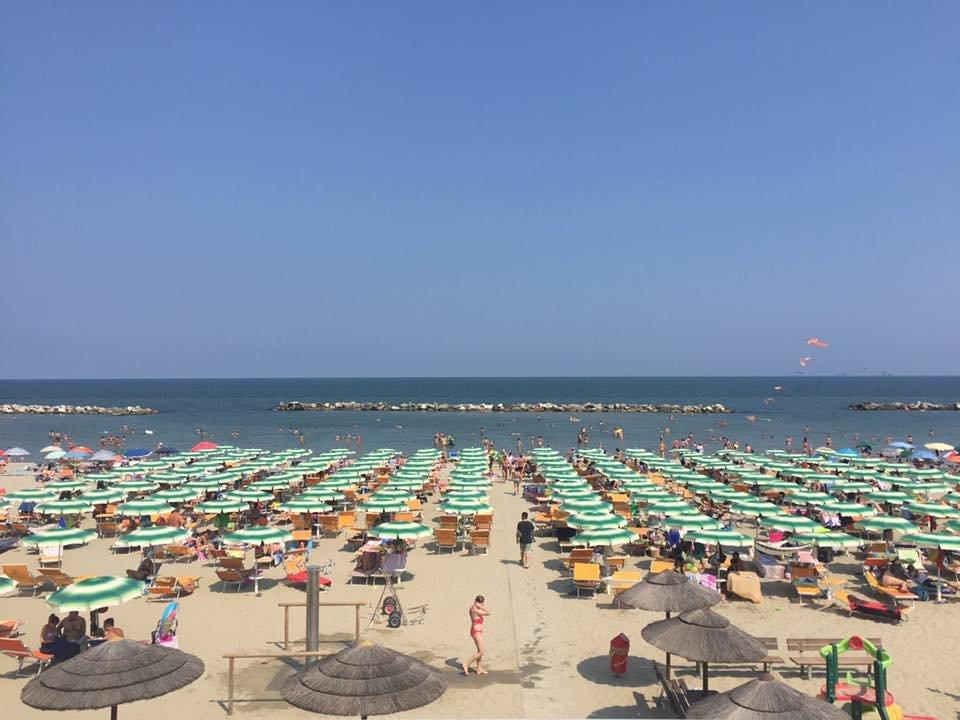 Bagni Di Casalborsetti : Bagno adriatico di casalborsetti